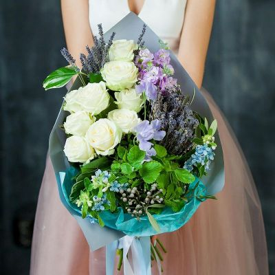 Букет из роз, мяты и лаванды Удачный день. Серия Магия успеха