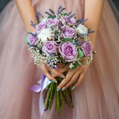 Букет из роз, лаванды и хлопка. Серия Магия любви