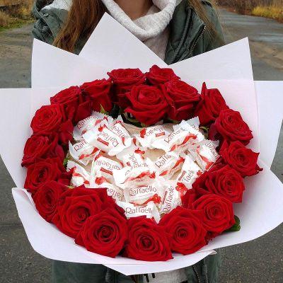 Большой букет из красных роз - Сладкое сердце
