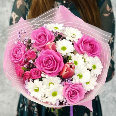 Бизнес букет из роз, тюльпанов и хризантем